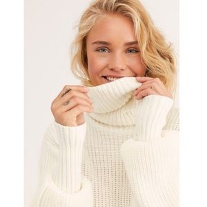 NWT Free People Chunky Cocoa Knit Sweater Ivory